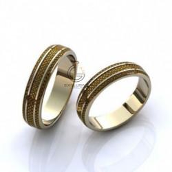 Классические обручальные кольца с эмалью