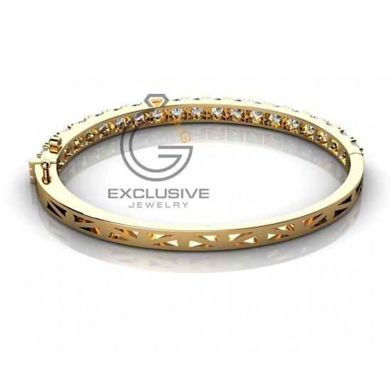 Женский браслет с камнями